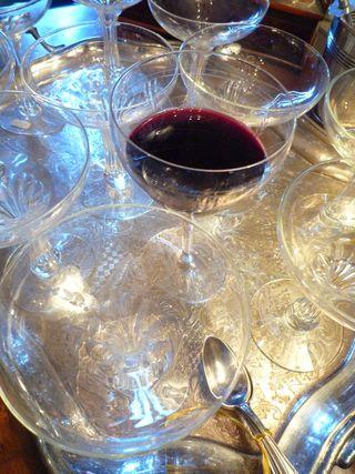 Hot wine waiting