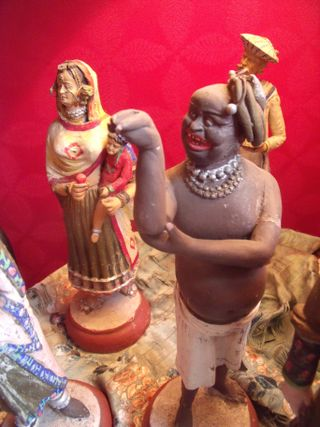 Original santons from an indian palace