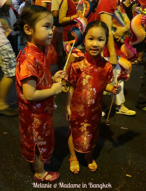 Girls in chinatown