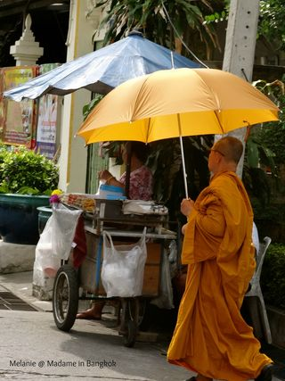 Boudhisme  orange
