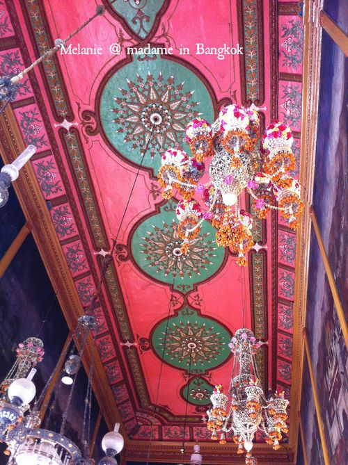 Pink ceiling in a Kho Khret temple