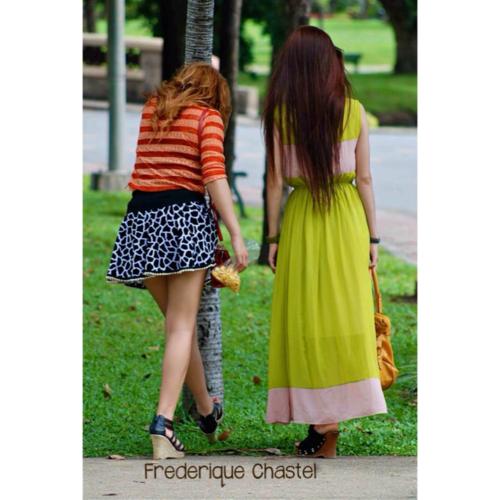 Girls in Lumpini park
