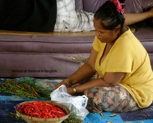 Thonburi femme aux piments