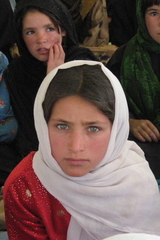 Afghan_girl_from_the_world_of_fri_2