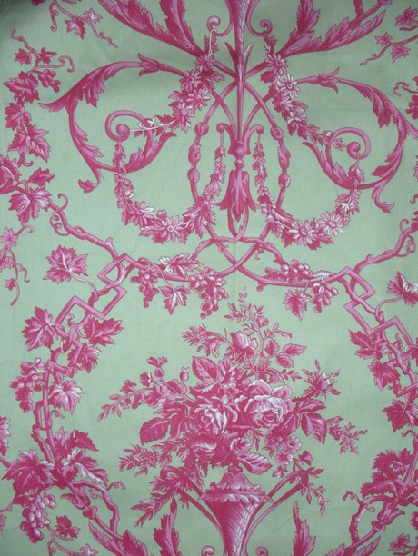 Pink_toile